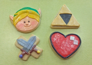 I think that adorable Link cookie is right up there with my top favorites. I'm honestly torn between him and Princess Leia.